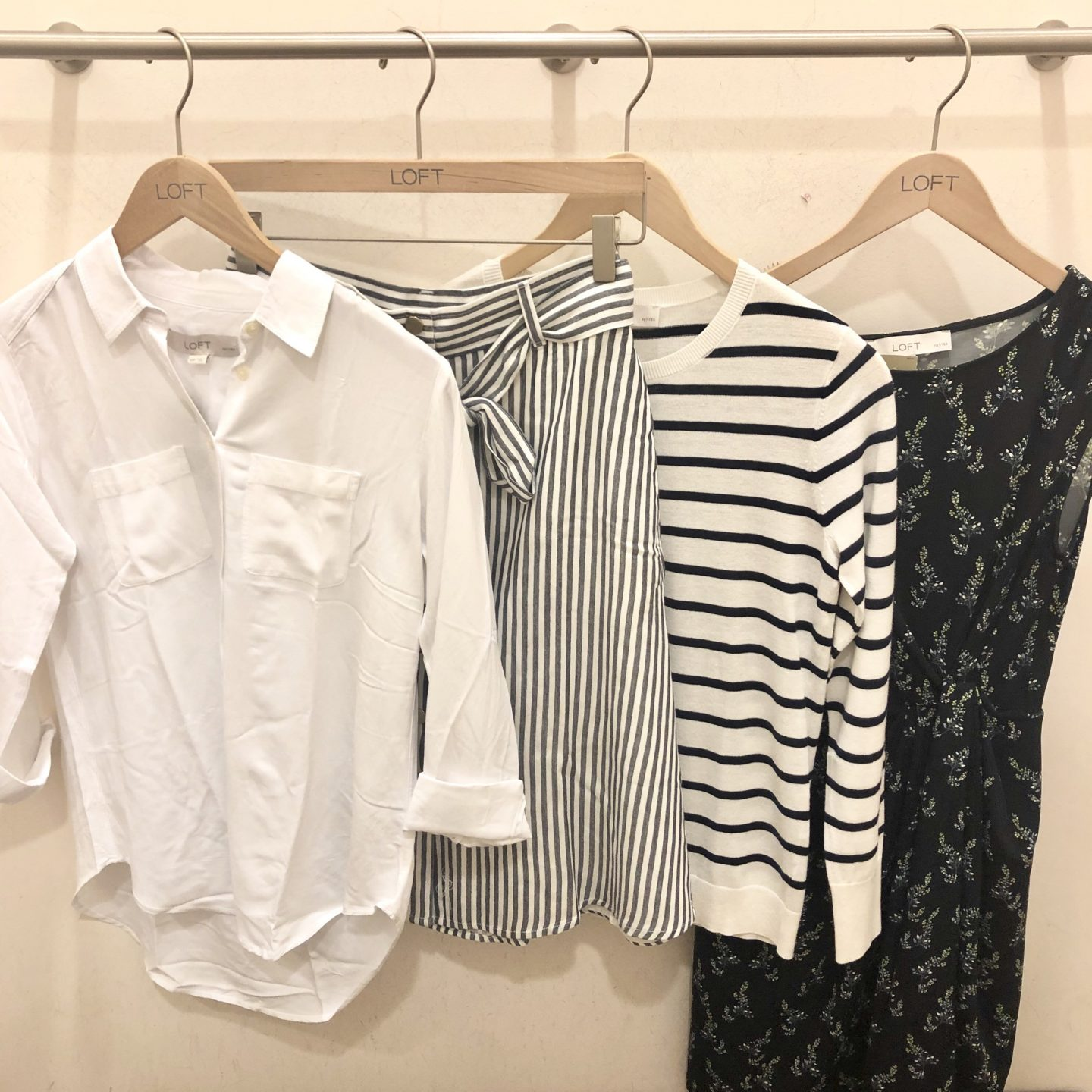 LOFT Spring Fitting Room Reviews on www.whatjesswore.com