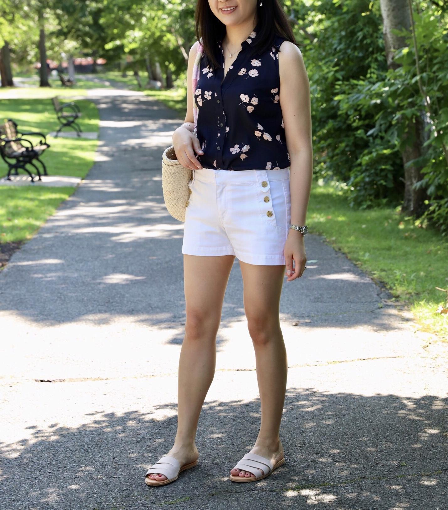 Ann Taylor Floral Essential Sleeveless Shirt, size XSP