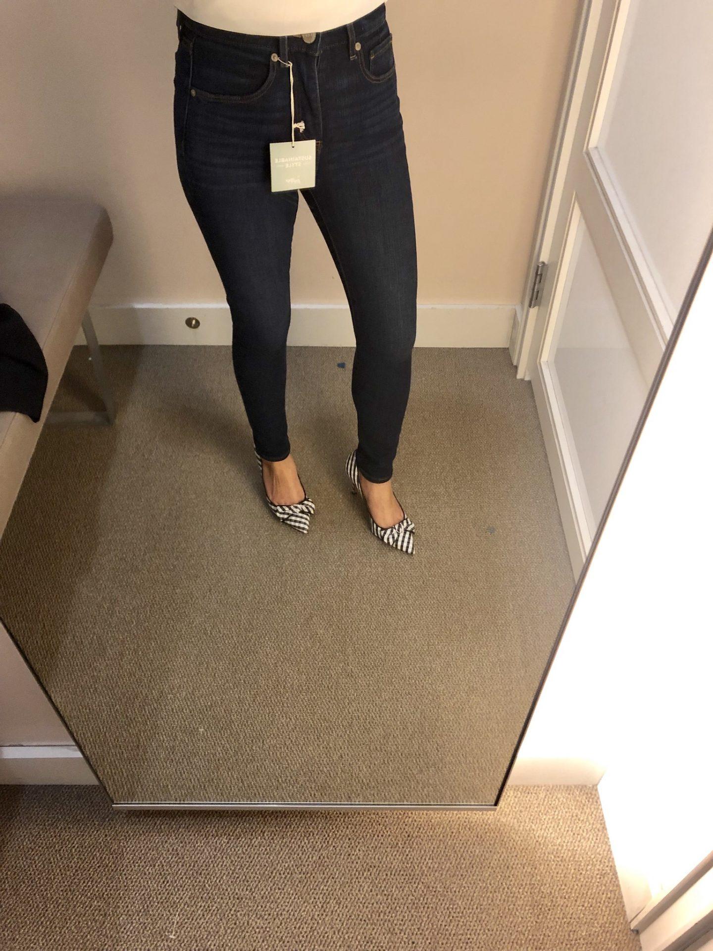 LOFT Slim Pocket High Rise Skinny Jeans in Vintage Dark Indigo Wash, size 25/0P