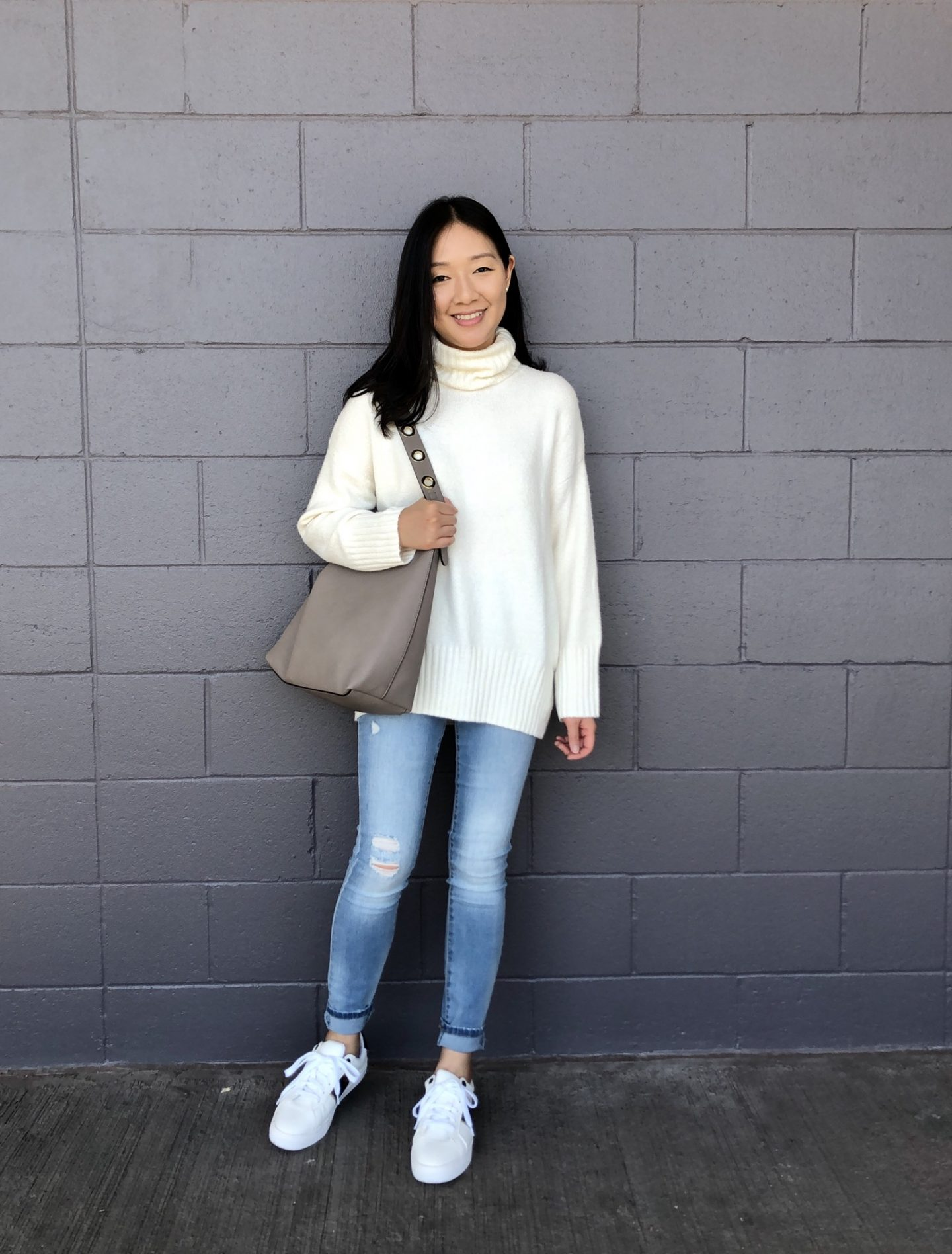 Scoop Slouchy Turtleneck Sweater, size XS