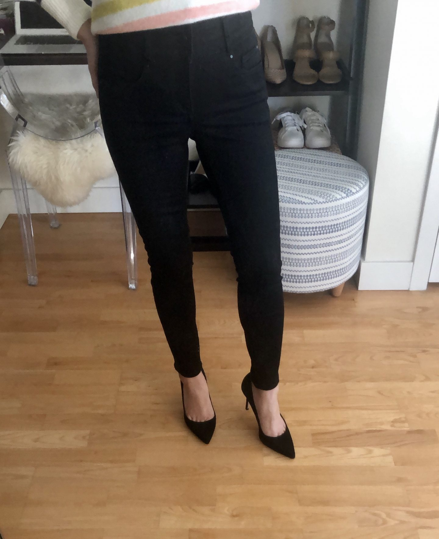 Ann Taylor Curvy Sculpting Pockets High Rise Skinny Jeans in Jet Black Wash, size 25/0P