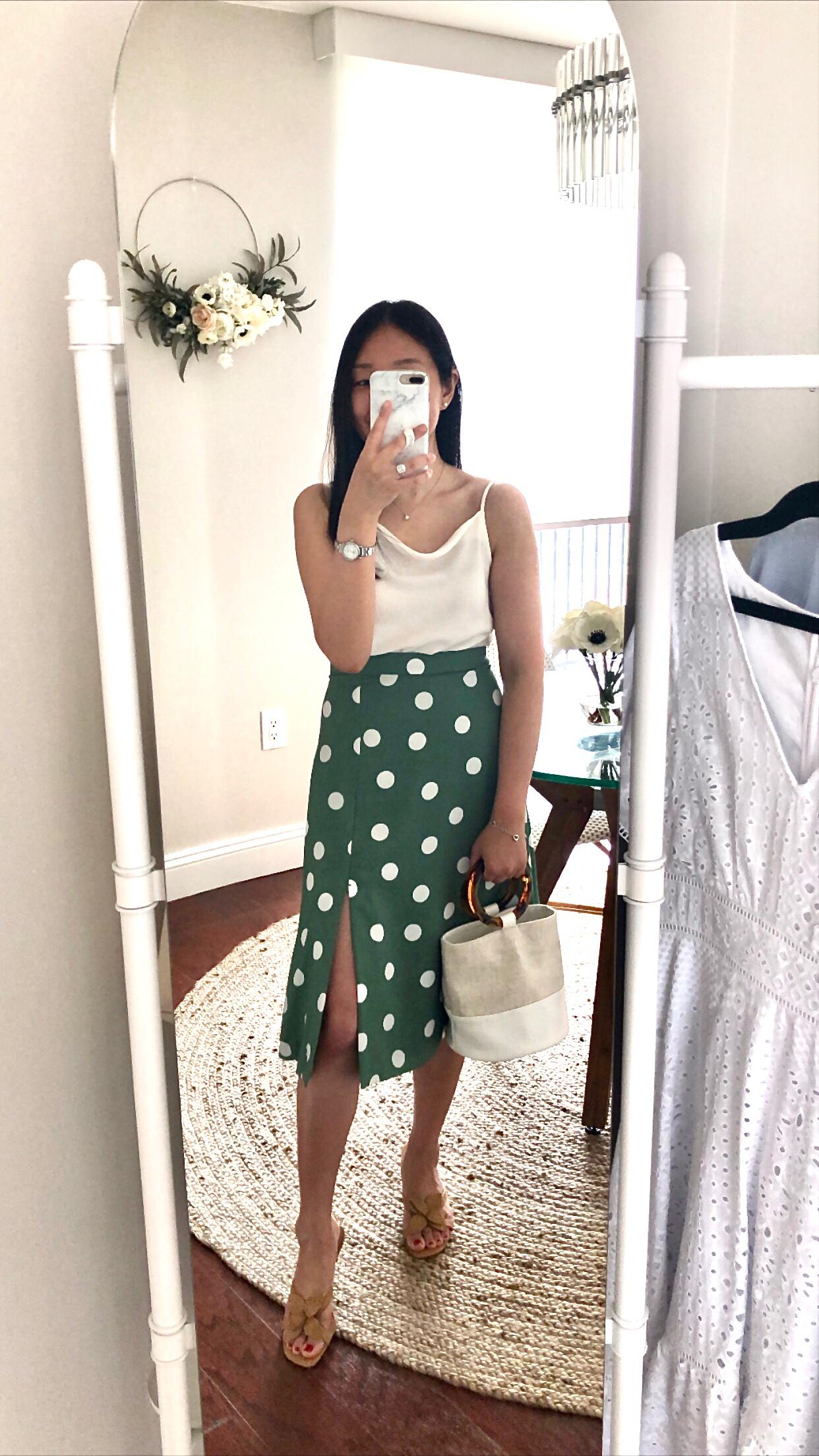 Ann Taylor Summer Dot Front Slit Skirt, size 0P