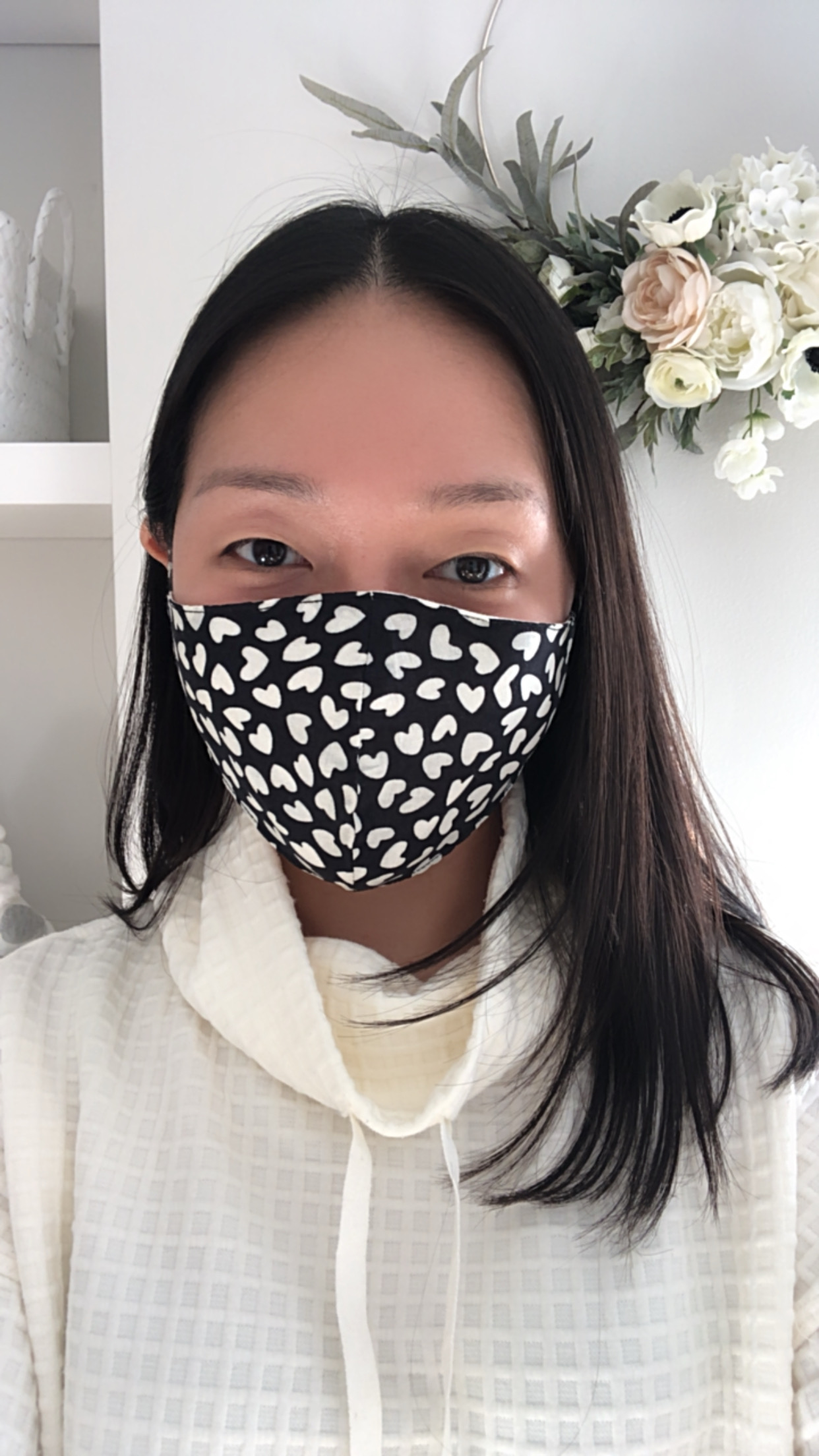 Ann Taylor Face Mask and Scrunchie Set